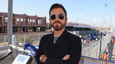 Justin Theroux wins legal dispute over roof deck