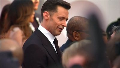 Hugh Jackman warns fans about meet-and-greet scam