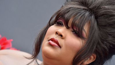 Celebrity Close Up: Lizzo