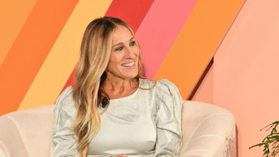 Sarah Jessica Parker 'freaked out' by fans grabbing her for selfies
