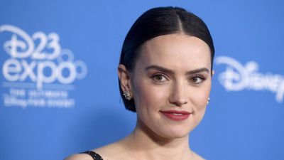 Daisy Ridley freaked out by creepy New York fan