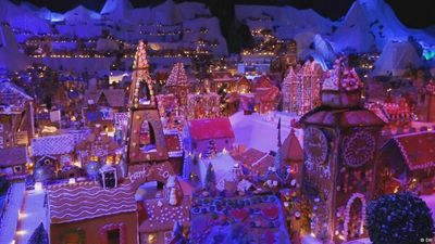 The world's largest gingerbread city
