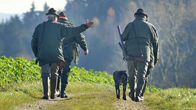 Under the gun: France's hunters