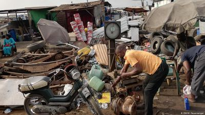 Ghana: Where Europe's e-waste goes
