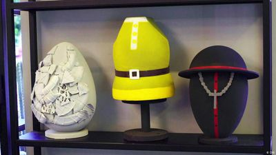 Artistic Giant Easter Eggs from Rome