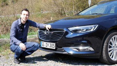 Infotainment flagship: Opel Insignia