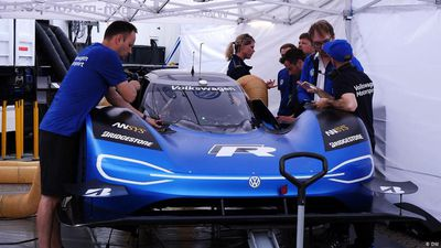 Examine It: VW's all-electric I.D. R Racer