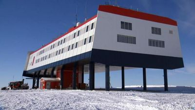 Antarctica: Working in the icy wastes
