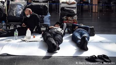 Coronavirus: Foreigners stranded in Russian airports