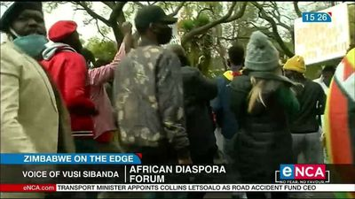 Crowds of protesters dispersed at Zimbabwean embassy