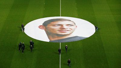 World News - Private investigation finds wreckage of airplane carrying footballer Emiliano Sala: AAIB