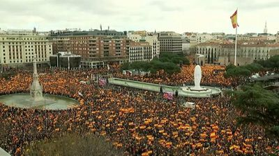 Good Morning Europe - Anti-Catalonian demonstrators protest ahead of separatists' trial