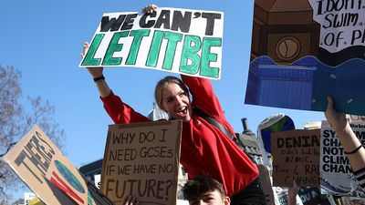 World News - Youth Strike 4 Climate: Thousands of UK students march for the planet