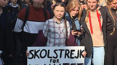 World News - Climate campaigner Greta Thunberg takes leading role at Paris youth march