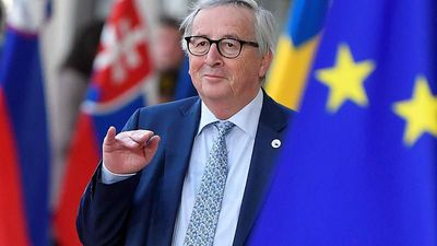 World News - 'Are you Theresa May?': Juncker jokes with journalists ahead of Brexit talks