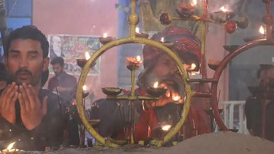 World News - 500,000 gather for interfaith Festival of Lights in Lahore