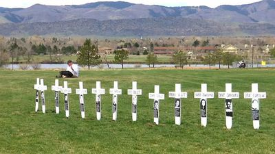 World News - Remembrance service for those killed in Columbine High School massacre