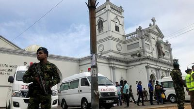World News - Easter Sunday bombs kill more than 138 in Sri Lankan churches, hotels