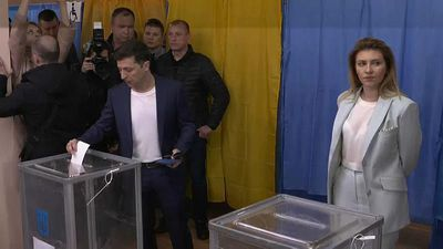 World News - Ukraine presidential election: voting underway