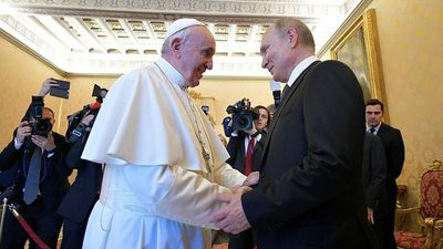 Vladimir Putin meets Giuseppe Conte and Pope Francis in Rome