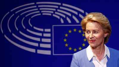 Raw Politics in full: von der Leyen meets with MEPs, Italy closes migrant centre