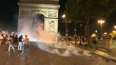 Algerian football fans cause chaos on the streets of France