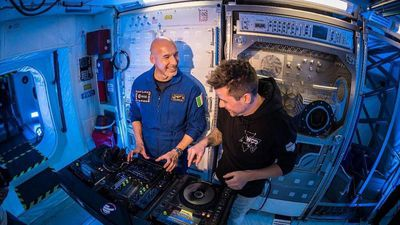 Astronaut rocked Ibiza with first ever DJ set from Space!
