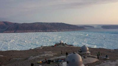 Greenland glacier retreats 10 kilometres in six years