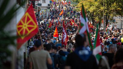 Thousands join 'Alternative G7' protest march at Hendaye, near Biarritz