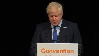 Boris Johnson heckled over suspension of UK parliament