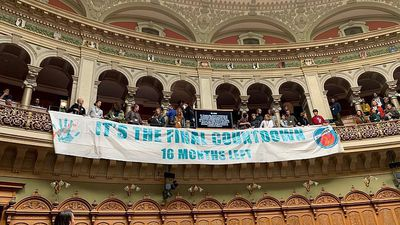 Watch: Climate activists interrupt Swiss parliament & break into song