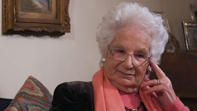 Liliana Segre: Auschwitz survivor talks about her experience