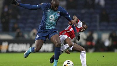 FC Porto player Moussa Marega walks off pitch after 'idiots' shout racist chants
