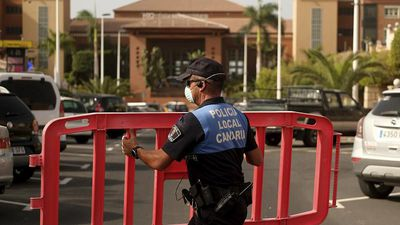 COVID-19: Spanish hotel on lockdown as virus confirmed