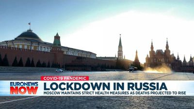 Coronavirus: Russia remains in lockdown as cases top 350,000