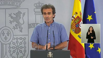 Fernando Simón: Spain's top scientist becomes unlikely hero of nation's COVID-19 crisis