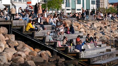 Coronavirus: Swedes not welcome as neighbours open their borders
