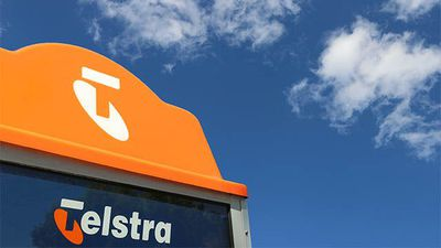 Telstra director Jane Hemstritch resigns