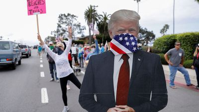 Who is driving the US protests against coronavirus lockdown?