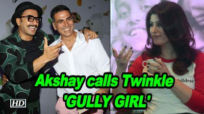 Akshay calls Twinkle GULLY Girl HILARIOUS Reaction of her on Apna time Aayega