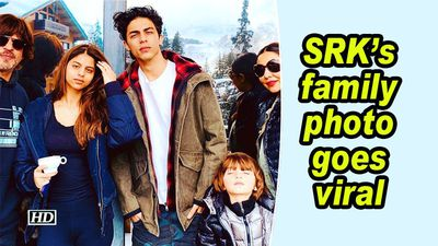 Srks family photo goes viral