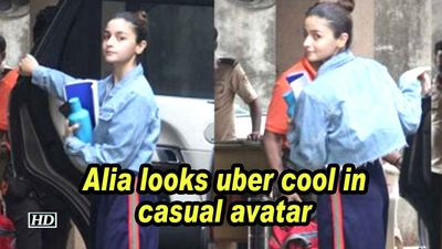 Alia looks uber cool in casual avatar