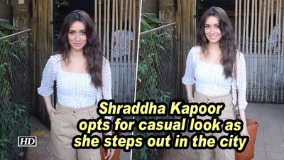 Shraddha kapoor opts for casual look as she steps out in the city