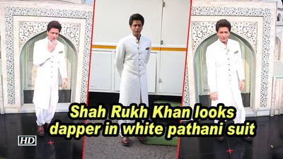 Shah rukh khan looks dapper in white pathani suit