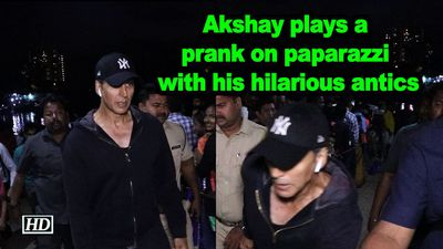 Akshay kumar plays a prank on paparazzi with his hilarious antics