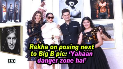 Rekha on posing next to Big B pic: 'Yahaan danger zone hai'