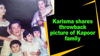 Karisma shares throwback picture of Kapoor family