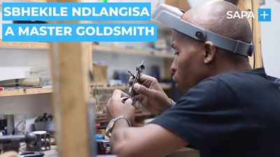 Sbhekile Ndlangisa is a master Goldsmith
