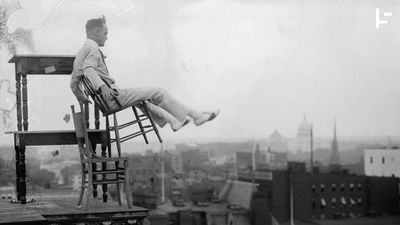 Rooftopping Was Once Just a Routine Job