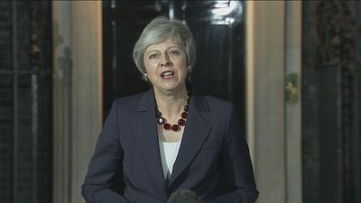 PM announces Cabinet in agreement on draft Brexit withdrawal